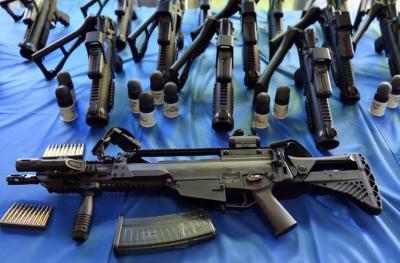 000_8c3o5_2_armes_munitions.jpg