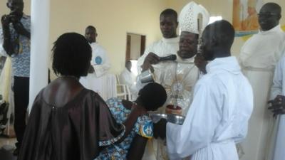 mgr-touably-baptise.jpg